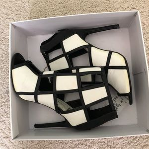 Shoes - Black and white blocked Heeled Booties